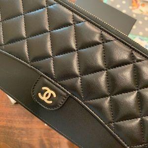 CHANEL Bags - Chanel black lambskin wristlet